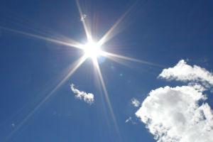 sun-in-blue-sky